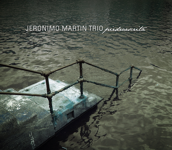 Piedraescrita, de Jerónimo Martín. Errabal 2006